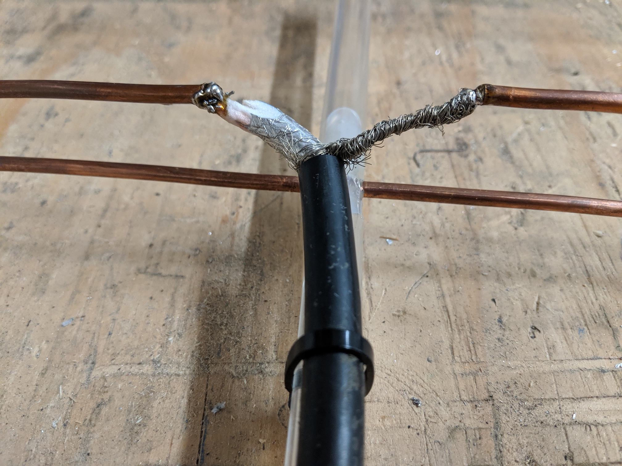 Photo of coax soldered to a folded dipole